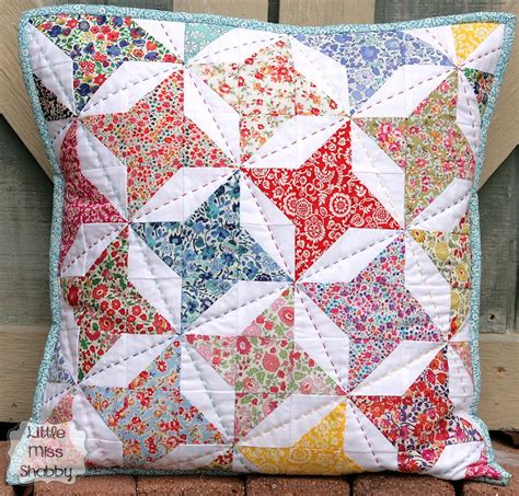 Quilt Patterns For Pillows by Make A Charming Big Stitch Quilted Pillow Quilting