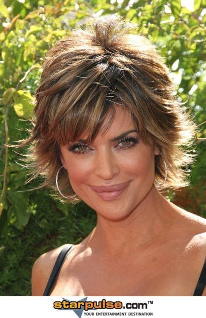 short flicky layered cuts lisa rinna short hair styles pinterest lisa rinna