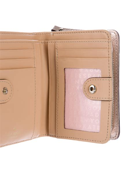 Kate Spade Cara Wallet Two Tone kate spade new york wellesley cara wallet accessories wka64686 the realreal