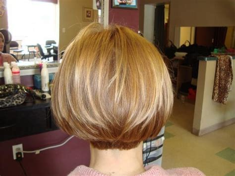 dorothy hamile wedge haircuts front and back views back view of a wedge haircut photos autos post