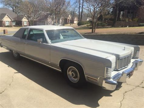 silver lincoln town car seller of classic cars 1976 lincoln town car silver gray