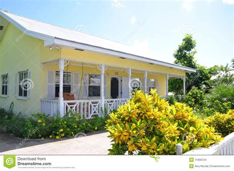 Plans For Cottages And Small Houses Yellow And White Cottage Stock Photo Image Of House