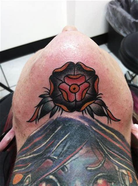 eyeball tattoo under chin under the chin inked skin pinterest mike d antoni a