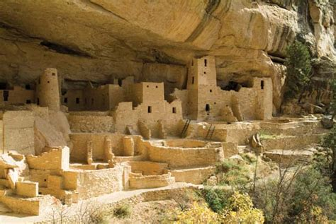 ancestral pueblo cliff dwellings in mesa verde national