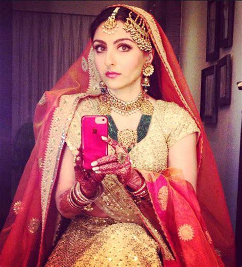 Dress Rajut 7 inside soha ali khan kunal khemu s wedding kareena steals limelight emirates 24 7