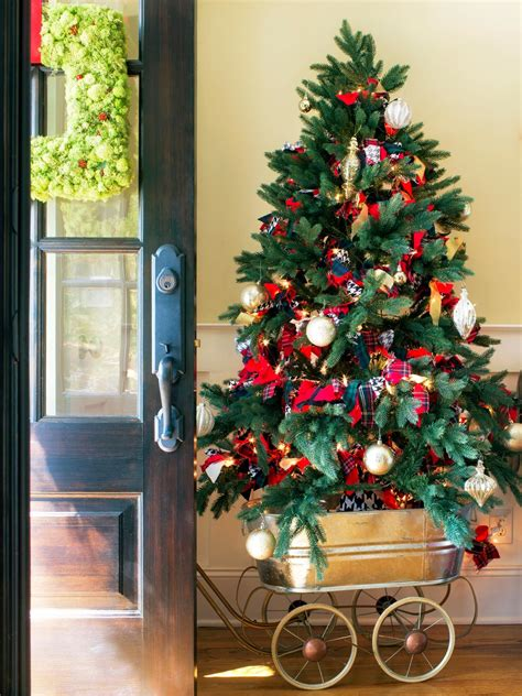 home decorated christmas trees how to make a mobile christmas tree hgtv