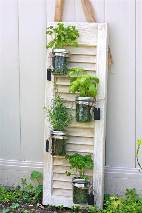 Jar Vertical Garden 43 Jar Crafts Diy Decorating Ideas For Outdoors