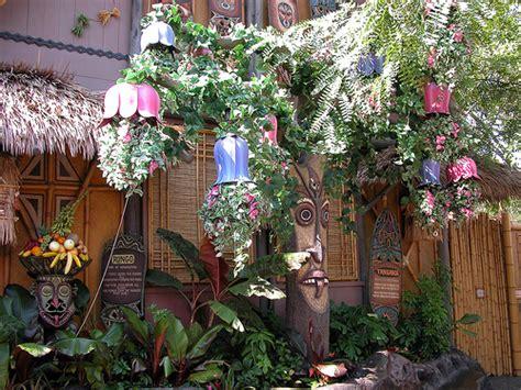 Tiki Garden by Photo