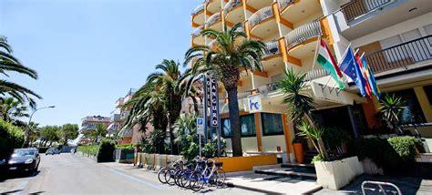 alberghi porto d ascoli albergo 3 stelle sul mare a san benedetto tronto