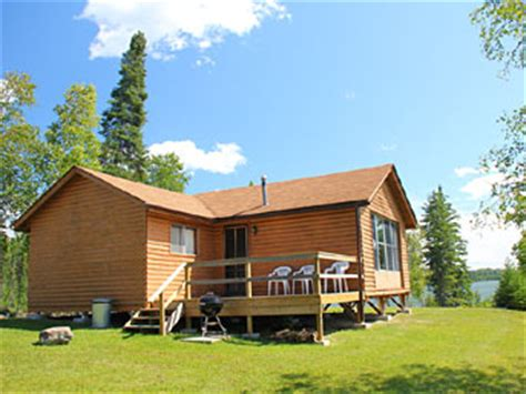 Cedar Point Cottages by Fishing Resort In Northerwestern Ontario Cabin Rentals