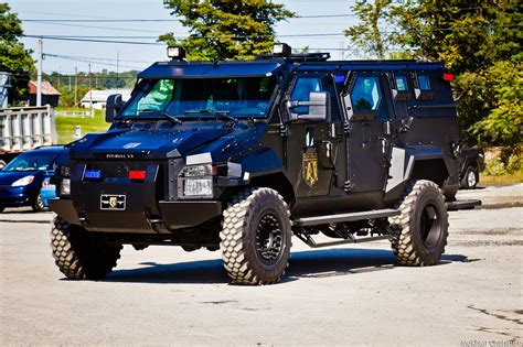 swat vehicles police vehicles ideas suggestions identity
