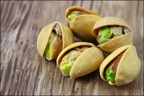 Kacang Pistachio Nuts 8 different types of nuts with health benefits