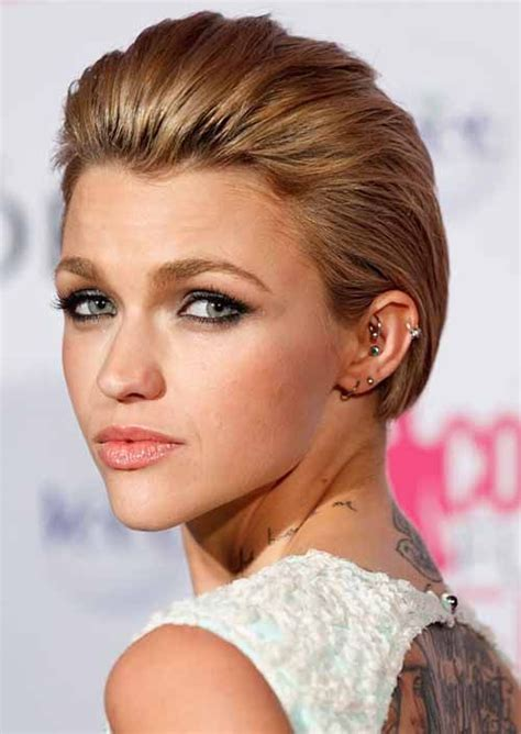 how to achieve swept back hairstyles for women u tube 25 best ideas about round faces on pinterest contouring