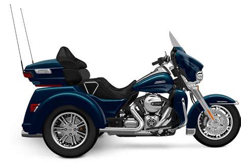 All New Used Harley Davidson 174 Trikes 843 Bikes Page 1 Chopperexchange 2016 Harley Davidson Tri Glide 174 Ultra Blue 2016 Harley Davidson Motorcycles Trike 4226654379