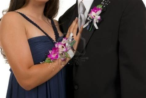 prom corsages and boutonnieres 301 moved permanently