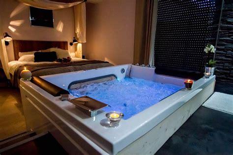 chambre spa privatif ile de louer loft romantique 224 bordeaux pour deux avec et