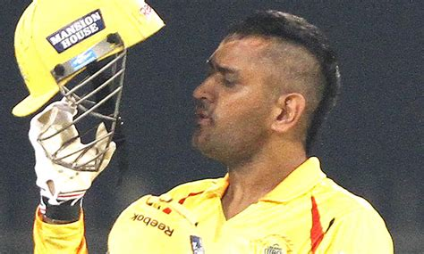 dhoni hairstyles images ms dhoni new hairstyle 2013 xcitefun net