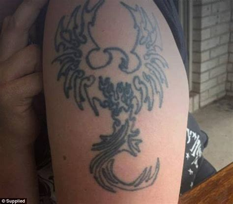 cover up tattoo artists qld hundreds of people beg a queensland tattoo artist to cover