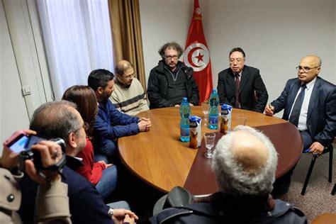 consolato tunisino quot no al terrore quot anche l imam al presidio sotto il