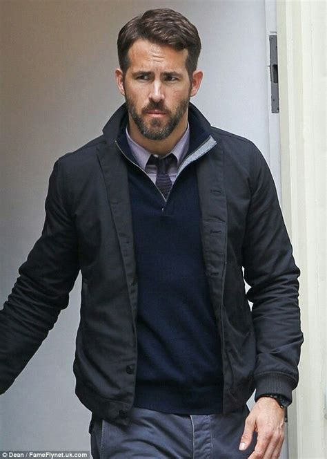 mensclothing styles for a 55 year old man ryan reynolds business casual fashion pinterest
