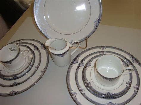 black pattern dinnerware noritake squirewood 12 pieces dinnerware fine china