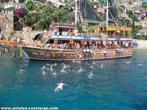 party boat antalya disco boat alanya