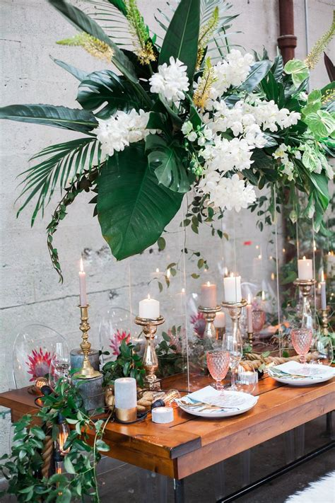 tropical themed wedding decorations 17 best ideas about tropical weddings on