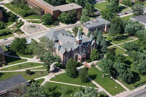 drake univ drake university ranks third in u s news world report