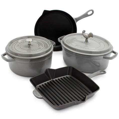 sur la table cookware 1000 ideas about cookware on cookware set