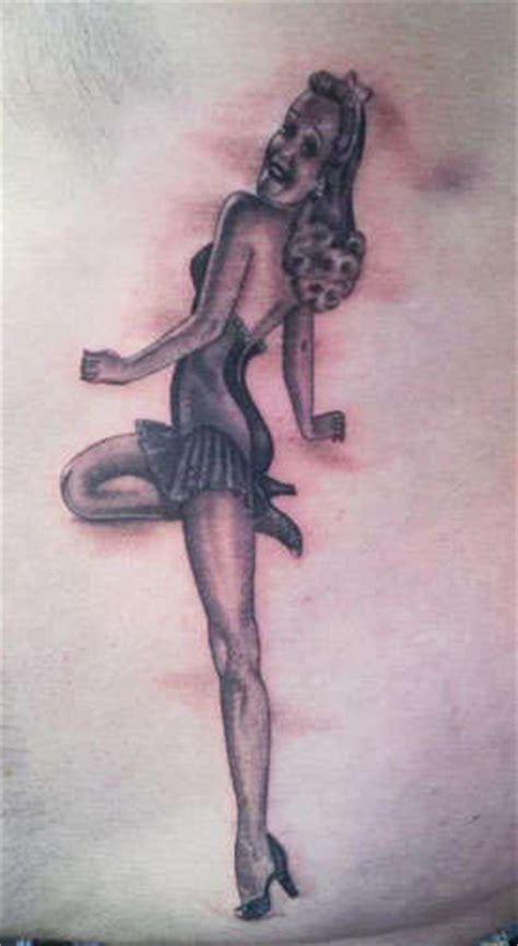 pin up tattoo black and grey angelgalindo pinup black and grey pin up