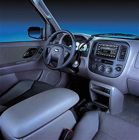 2001 Ford Escape Interior by 2001 Ford Escape Pictures Photos Gallery Green Car Reports
