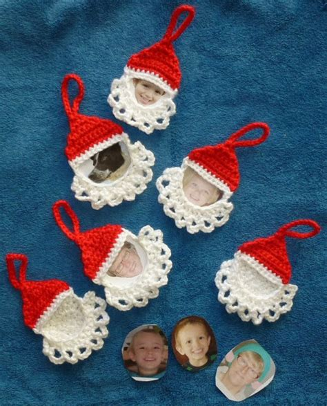 christmas pattern frame craft passions santa frame ornament free crochet link here