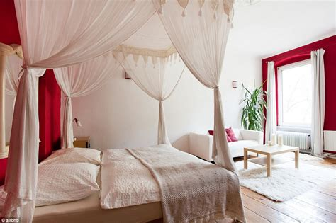 romantic airbnb airbnb reveals its most romantic retreats for a valentine