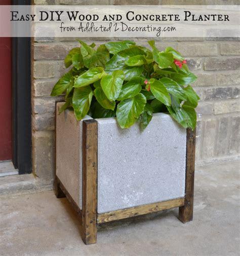 easy diy wood and concrete planter iseeidoimake