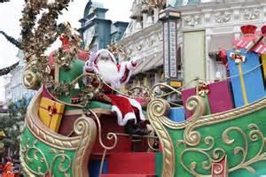 Disney s enchanted christmas at disneyland paris
