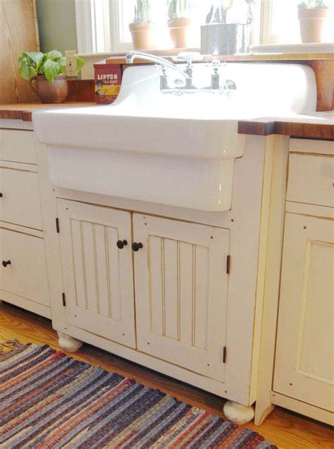 farmhouse kitchen furniture 668 best primitive colonial kitchens images on pinterest