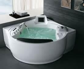 luxus whirlpool badewanne oceania bringt mit der c serie neue luxuri 246 se whirlpool