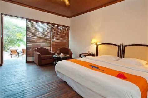 siloso resort superior room smartline eriyadu eriyadu island maldives hotel reviews photos price comparison