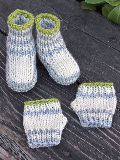 how to loom knit baby mittens knit fingers and toes knit booties and fingerless mitts
