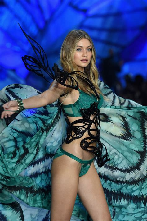 photos gigi hadid victorias secret pink kendall jenner gigi hadid kendall jenner and the angels are rocking the