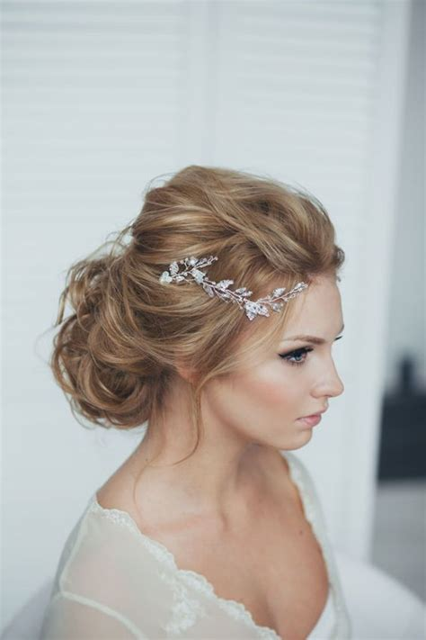 Wedding Hairstyles Updos With Tiara by 41 Trendy And Chic Wedding Hairstyles Weddingomania