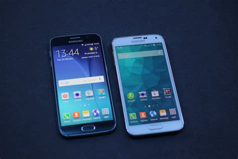 Samsung Galaxy S6 Vs S5 samung galaxy s6 a confronto con galaxy s5 wired