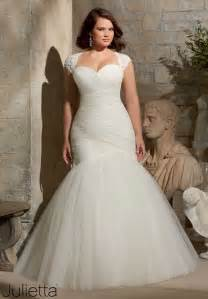 wedding dresses for plus size plus size wedding dresses that are absolutely gorgeous