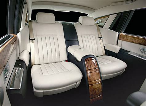 Dress Serli Elegan interni rolls royce phantom nera lwb 2010