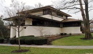 Prairie Style House Frank Lloyd Wright Prairie Architecture In Elmhurst
