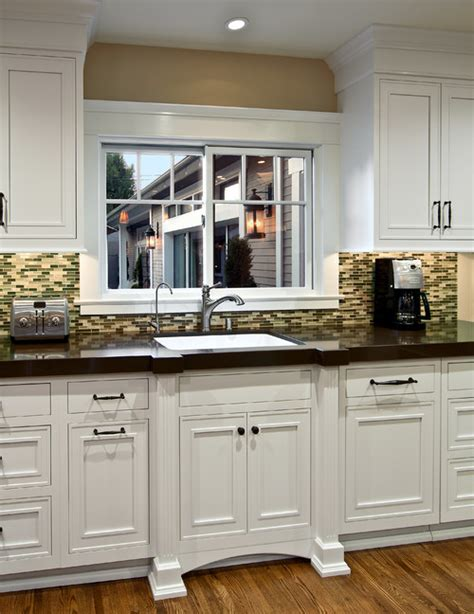 omega kitchen cabinets are these cabinets by omega if so what door style