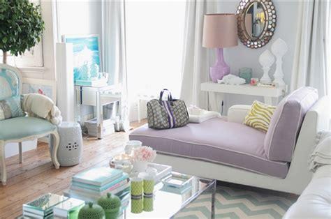 purple living room for feminine look my home style 10 salas en colores pastel