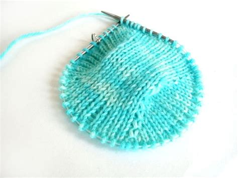 how to knit socks with circular needles for beginners 17 best images about knitting technique on