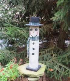 ideas for decorating iron fence posts for christmas snowman wooden fence post handmade wooden fences snowman and craft