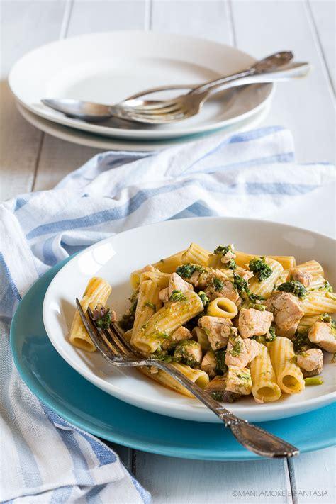 cucinare i finocchietti pasta con pesce spada e finocchietti selvatici al profumo